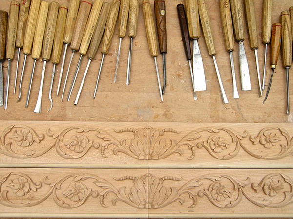 Foliage scroll moulding by The Woodcarving Studio
