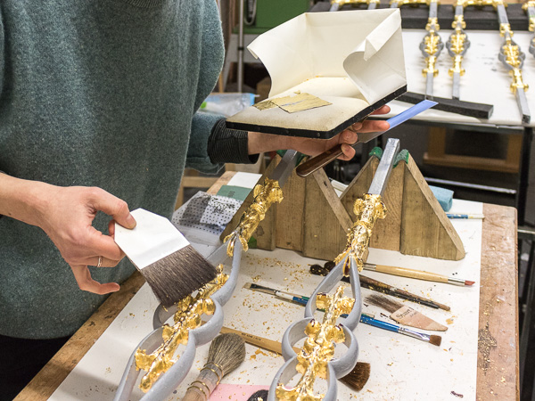 Gilded Architectural Iron Work - Traditional gilding specialists