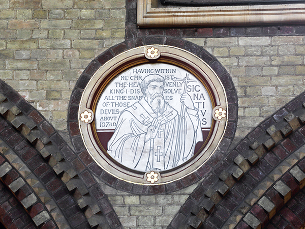 2_Architectural Gilding – Gilded Roundel