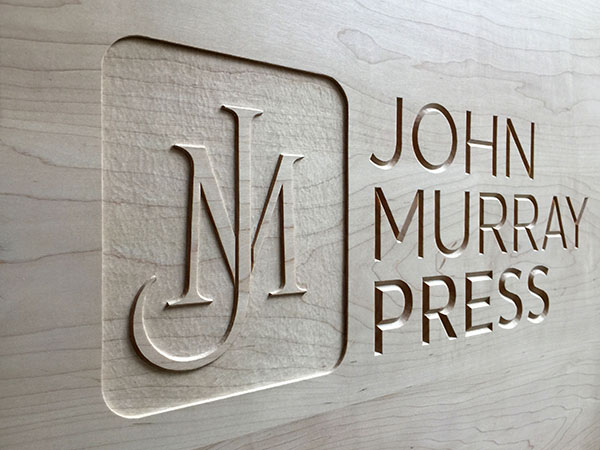3_Bespoke carved wooden panel for John Murray Press – Letter carving detail